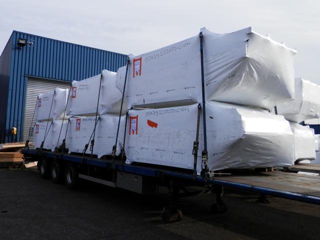 Campeã Mudanças, Transportes de equipamentos frágil